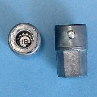 Female Crank Adapter 39-105A